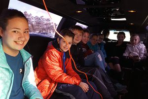 Gowana Magazine Drive Best Sellers enjoy their Limo Ride to 5 Guys