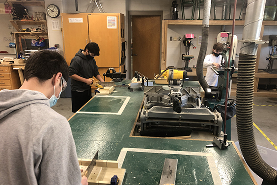 Mr. Travis and Mr. Mink's 8th-grade technology classes finished up their second woodworking project in class. The students have put forth tremendous effort in class to create wooden puzzles and cell phone charging stations